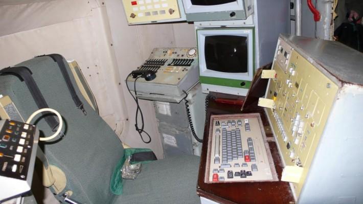 Рабочее место оператора в подземном командном пункте