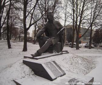 Памятник молодому Тарасу Шевченко в Василькове