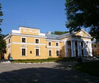Дворец в Верховне, где жил Оноре Де Бальзак