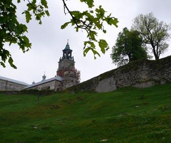 Монастырь  - достопримечательность с. Подкамень