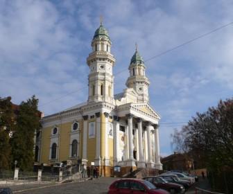 Крестовоздвиженский кафедральный собор. Ужгород