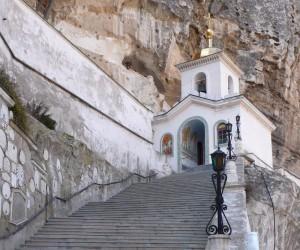 Успенский монастырь - достопримечательность г. Бахчисарай
