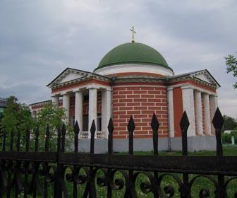 Спасо-Преображенская церковь - достопримечательность Любеча