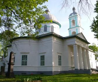 Достопримечательности в Остре. Воскресенская церковь