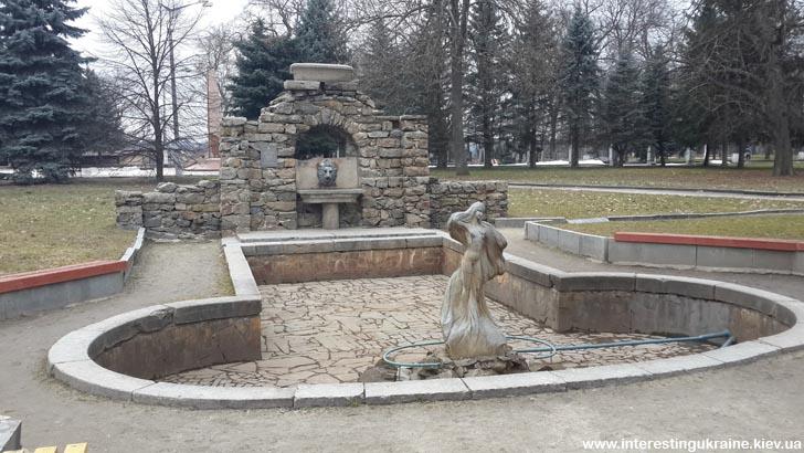 Купальня дворца Олизаров -достопримечательность Коростышева