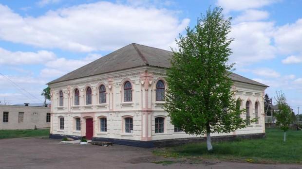 Историко-краеведческий музей с. Паволочь в бывшем здании синагоги