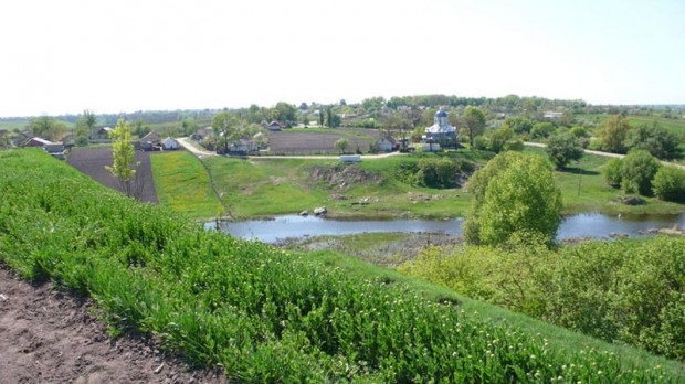 Вид с городища на село