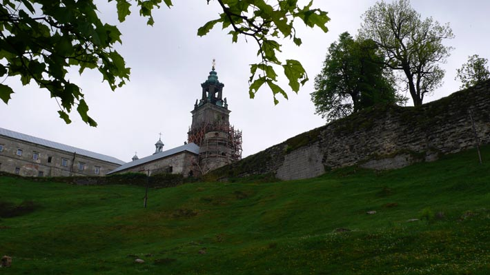 Монастырь в с. Подкамень