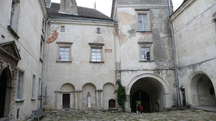 Внутри Олесского замка