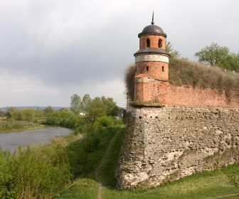 Эта башня видна была из нашего окна (фото с сети)