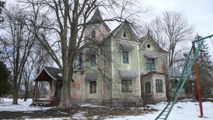 Дом барона фон Мекка, в котором гостил Чайковский, - достопримечательность Копылова