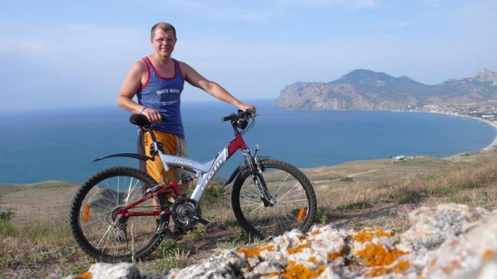 На велосипеде к могиле Волошина