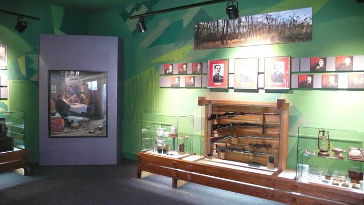 В одном из залов Музея Партизанской Славы