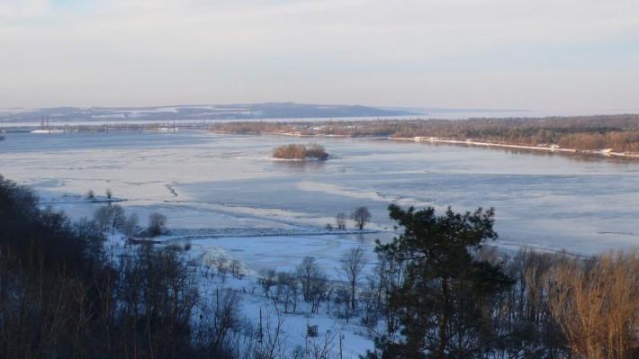 І лани широкополі, і Дніпро, і кручі...