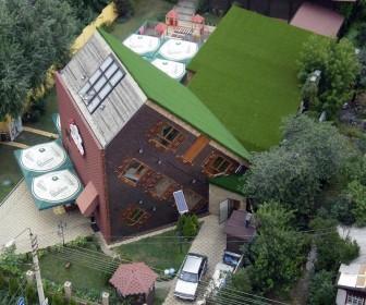 Перевёрнутый дом в Киеве