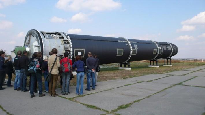 """Ядерная ракета стратегического назначения СС-20, она же - """"Сатана"""""""
