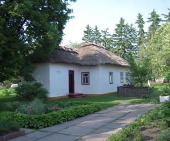 Мемориальный дом-усадьба П. Г. Тычины в с. Пески