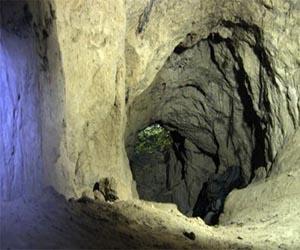Пещера - достопримечательность Ходосовки