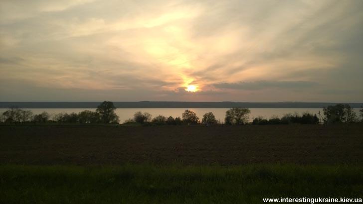 Вдоль озера в Измаил