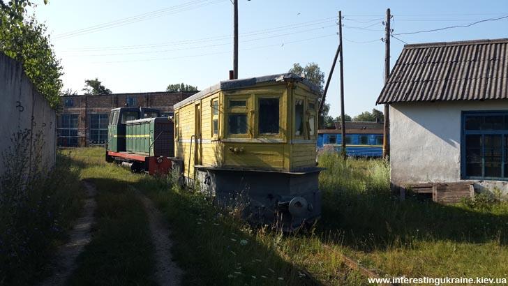 Старинный вагон-снегоочиститель