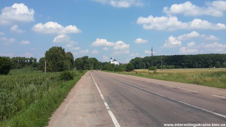 Вид на Овруч с трассы