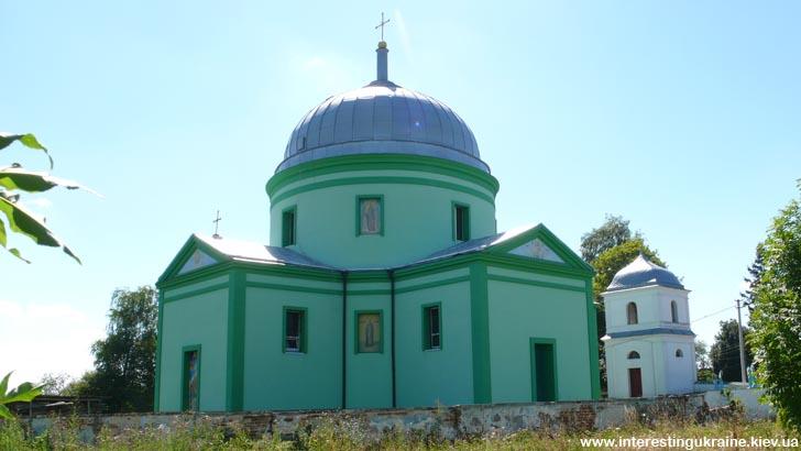 Церковь - достопримечательность пгт. Головно Волынской области