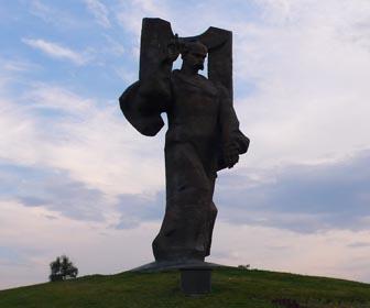 Памятник Т. Г. Шевченко - достопримечательность Ковеля
