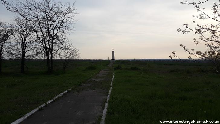 Памятник на месте осмотра российских войск в Болграде перед переходом через Дунай