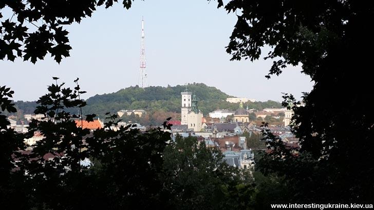Вид на центр Львова с крепости