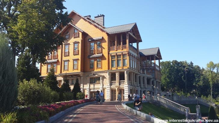 Хонка - дом Януковича в Межгорьи