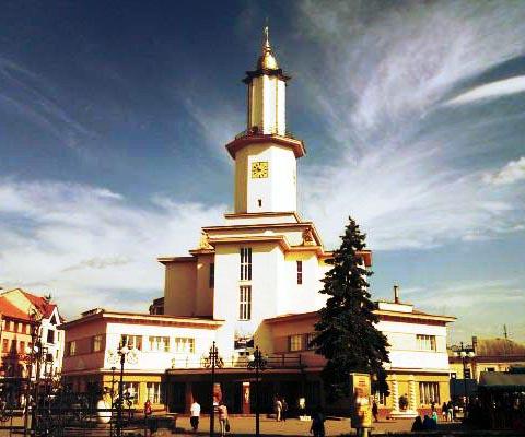 Городская ратуша - достопримечательность Ивано-Франковска