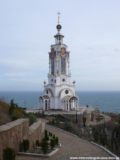 Церковь в с. Малореченское, Крым