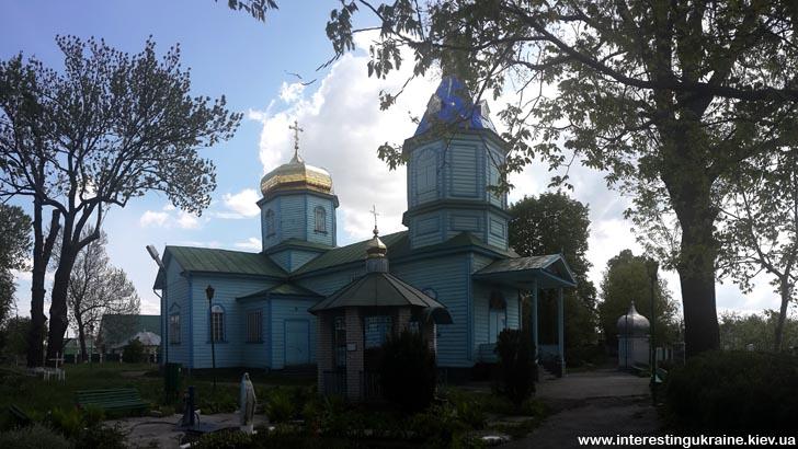Церковь - достопримечательность с. Гоголев