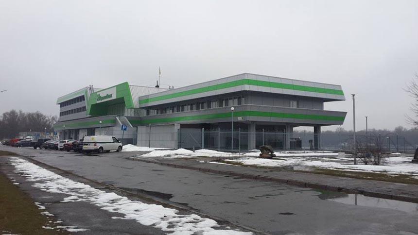 Достопримечательность Кременчуга - речной вокзал