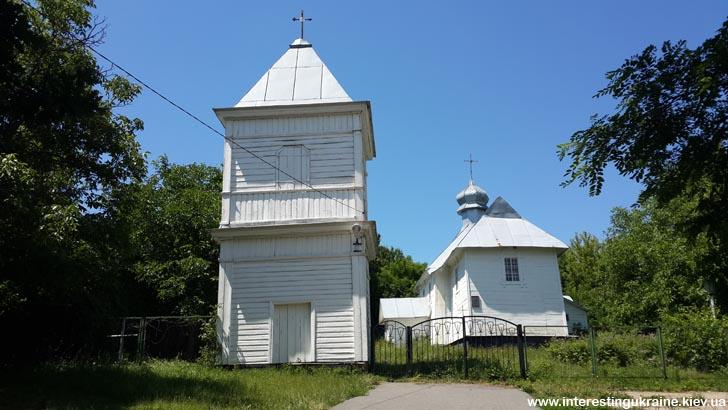 Церковь - достопримечательность с. Креничи Киевской области