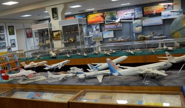 Модели самолетов в музее Антонова, Киев