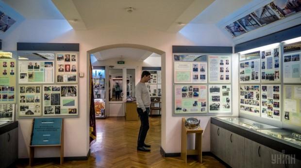 Экспонаты Музея истории КП Киевский метрополитен