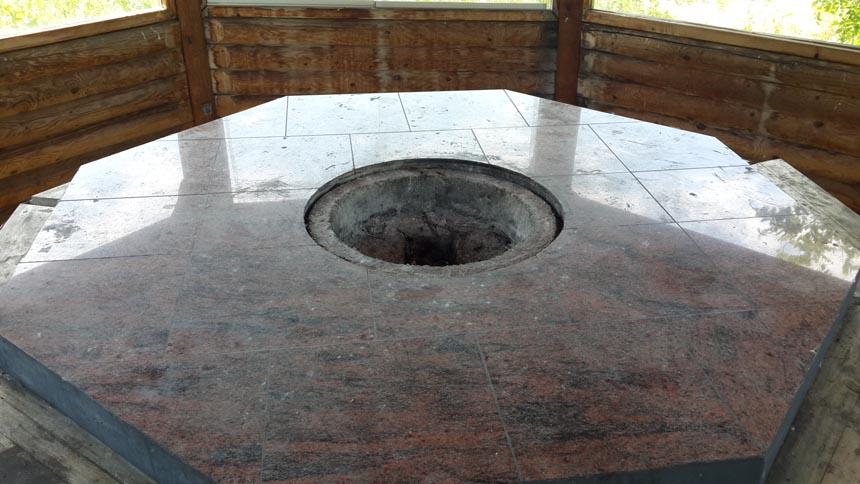 Каменный мангал